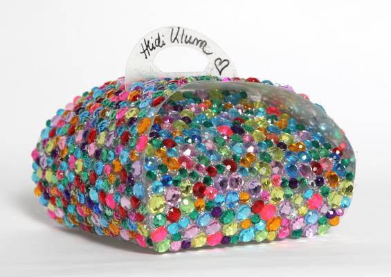 HEIDI KLUM'S ONE-OF-A-KIND CRONUT™ BOX