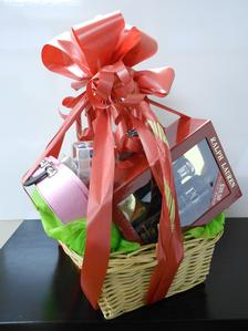 Loreal Gift Basket