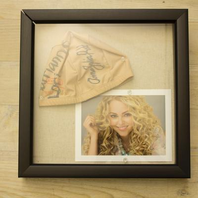 AnnaSophia Robb Signed Cap & Picture Package