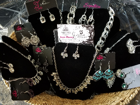 Paparazzi Jewelry Basket