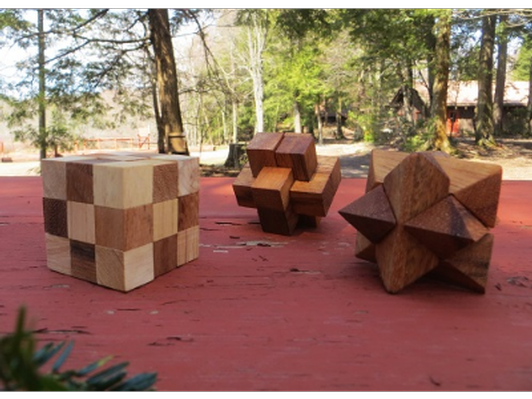 Miniture wooden puzzles