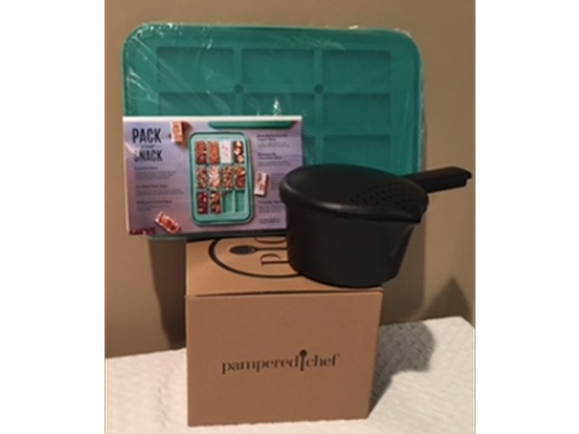 Pampered Chef Pack Your Snack and Micro Cooker