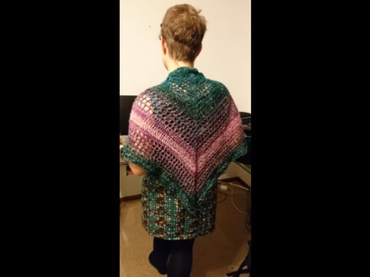 Tasseled shawl