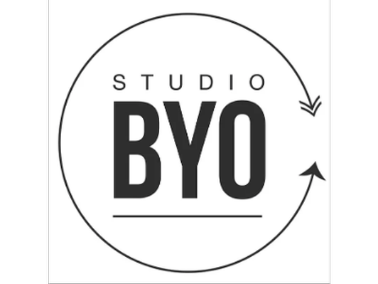 Studio BYO - Tank top and 5 classes