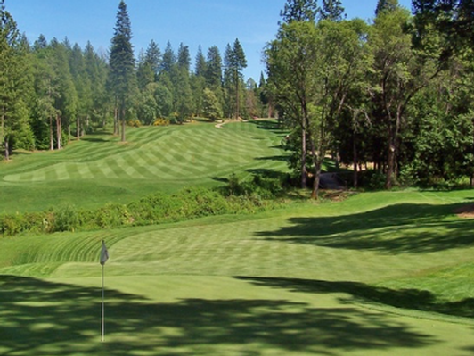 Golf for Two at Apple Mountain Golf Resort