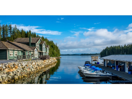 Enjoy the breathtaking Shearwater Resort & Marina