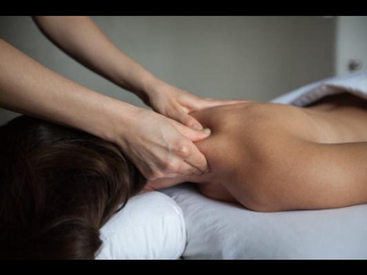 (1) 60 minute deep tissue massage