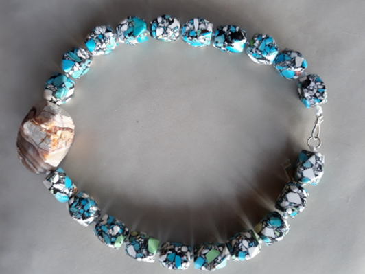 "Turquoise, agate, and silver 18"" necklace"