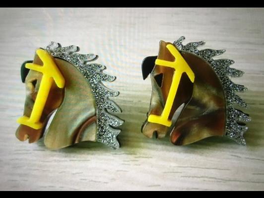 Horsehead Resin Earrings