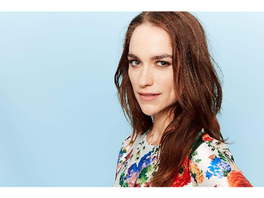 Lunch with award-winning actress Melanie Scrofano!