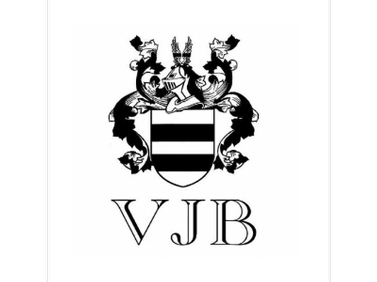 VIP Seated Tasting for Four Guests at VJB Cellars