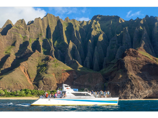 Napali Sunset Tour with Dinner for Two