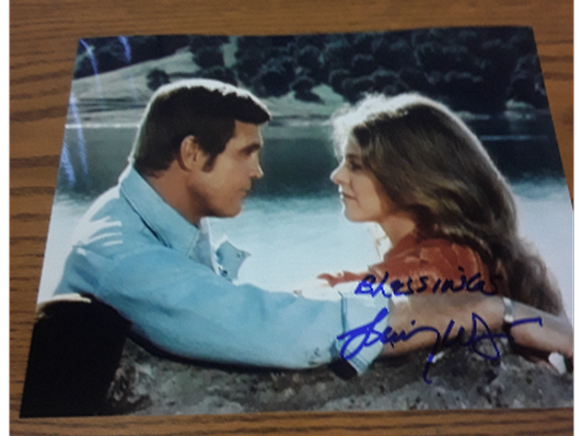 Autographed Picture - Lindsay Wagner and Lee Majors