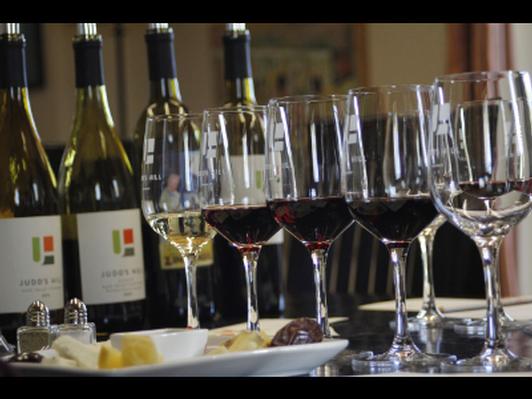 Judd's Hill Winery Tasting