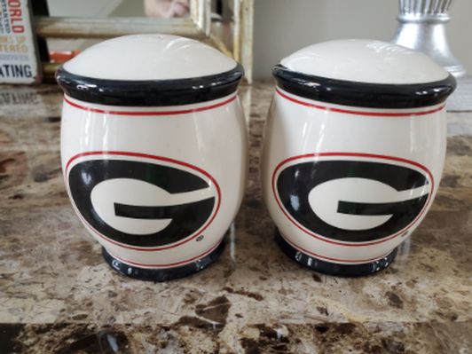 Georgia Bulldog Salt & Pepper Shakers