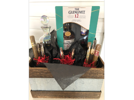 Scotch & Cigars Gift Basket