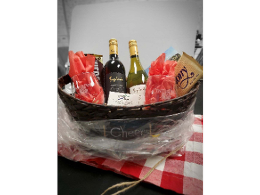 CenterPlace Gift Basket