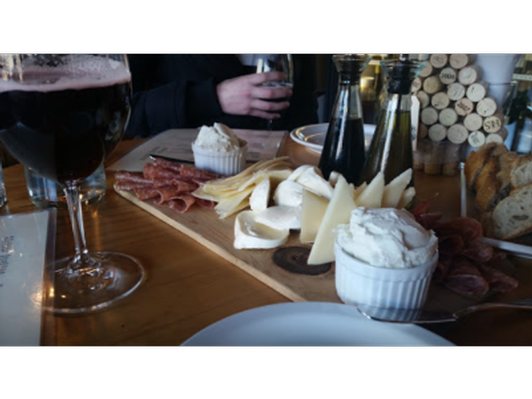 diVine Wine Bar Fondue and Sides for Two