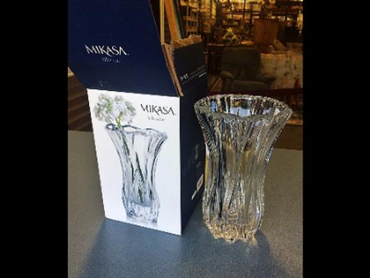 """10"""" Mikasa Crystal Vase"""