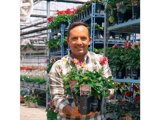 Get Growing with Frankie Flowers