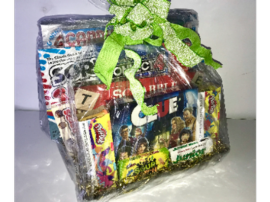 Hasbro Family Game Night Basket