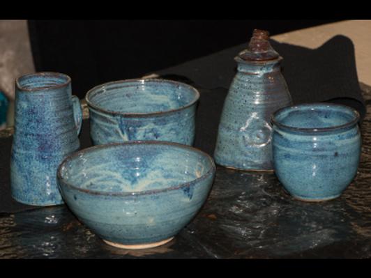 """Pottery """"Cottage Set"""""""