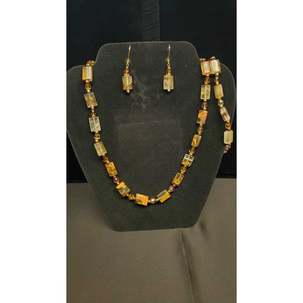 "Brown Beaded 21"" Necklace with 1 7 1/2"" Bracelet and earrings"