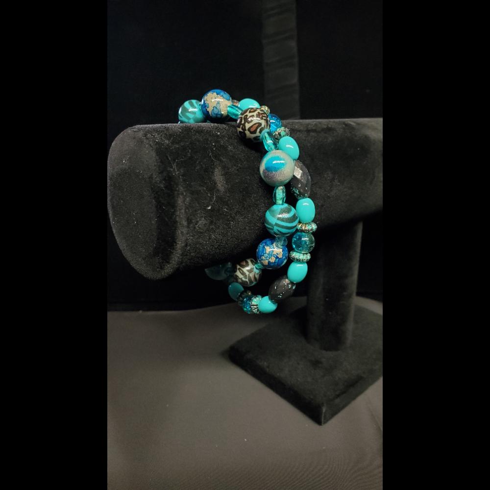 """8"""" Turquoise Beaded Bracelet set"""