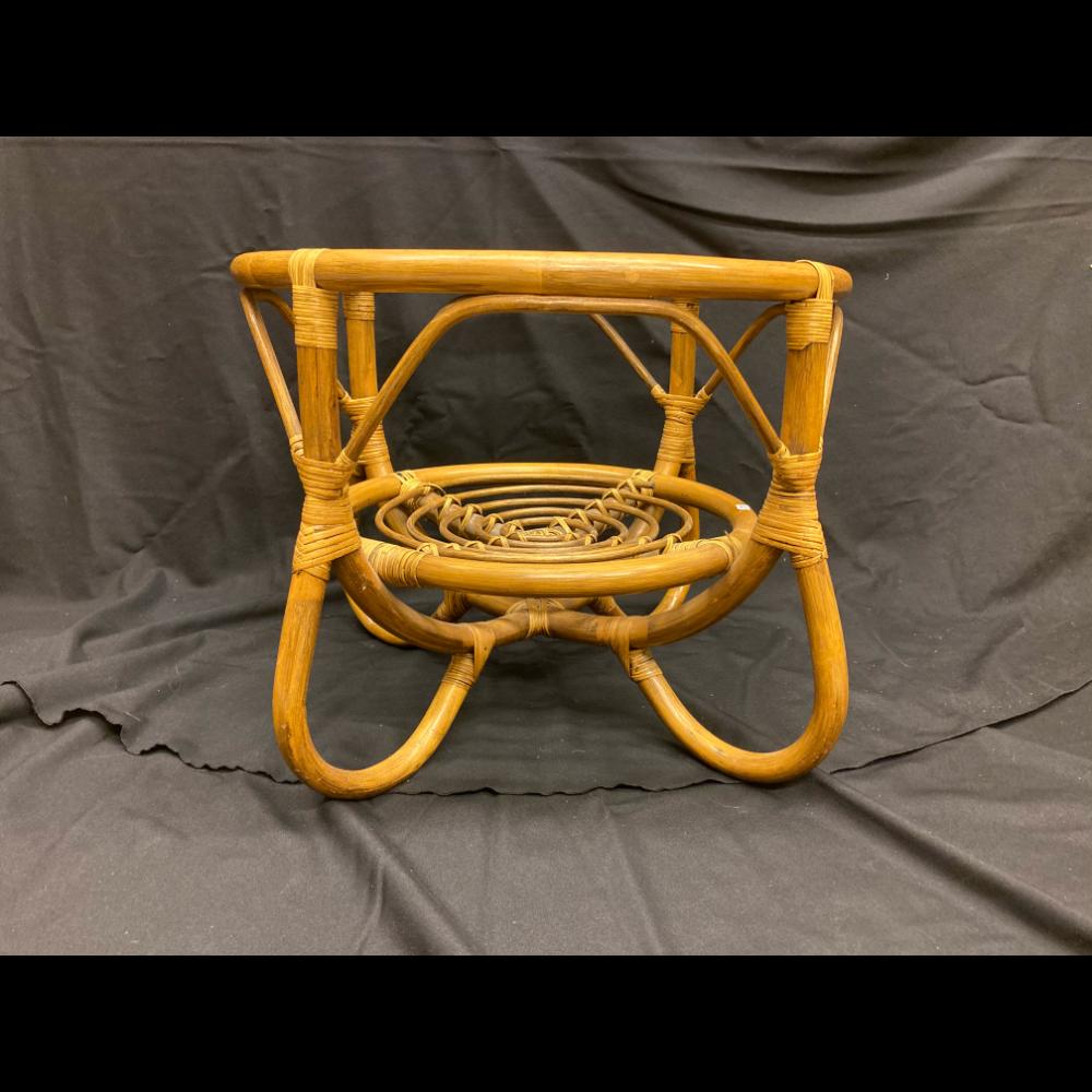 Round Ruttan Decorator Table
