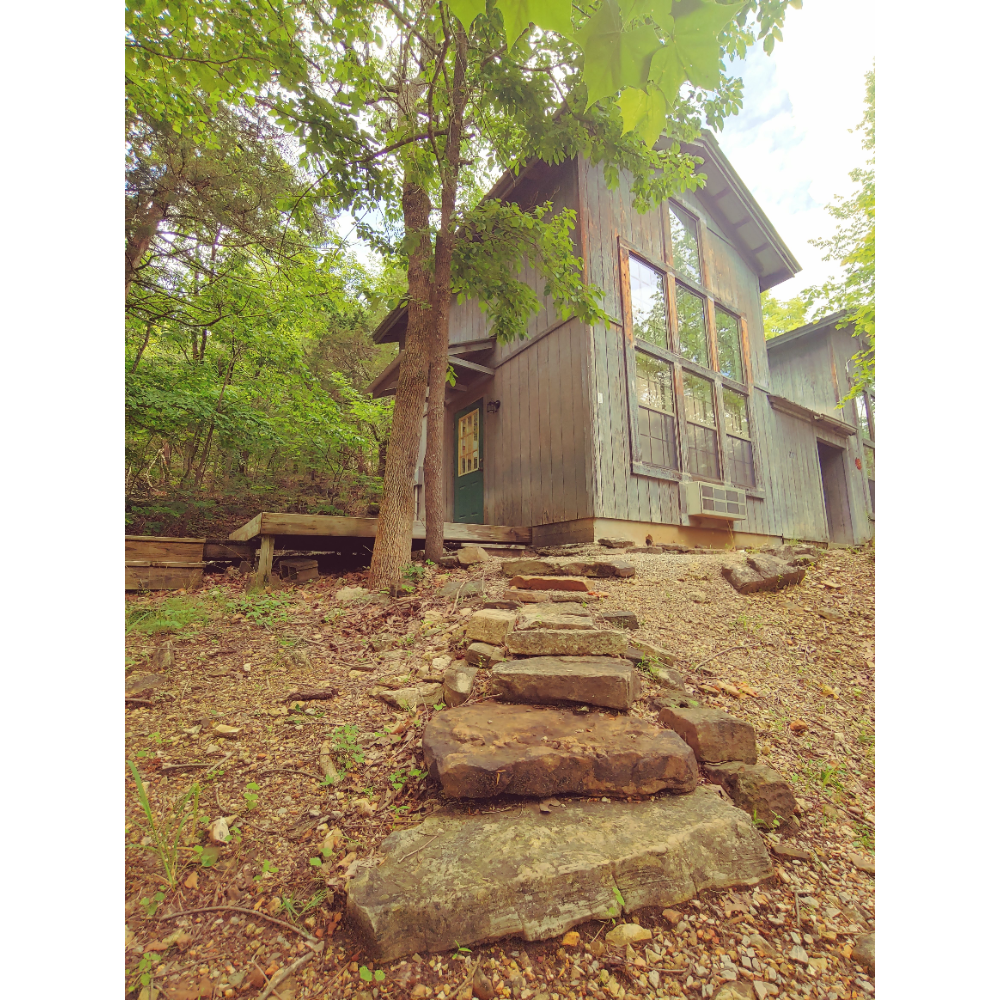 Overnight Stay for 1 or 2 in ONSC's Tiny House/Apartment