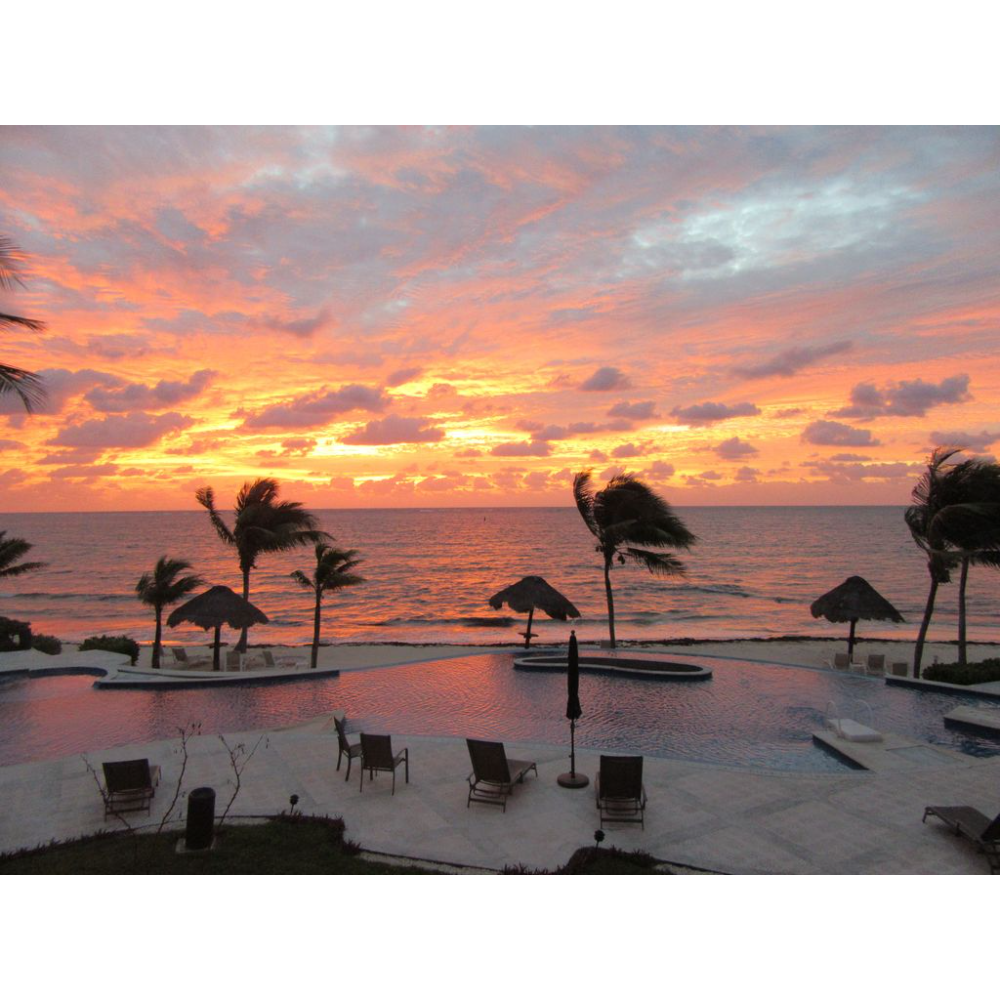Peaceful Caribbean oceanside two bed, two bath villa located near the fishing village of Puerto Morelos MX