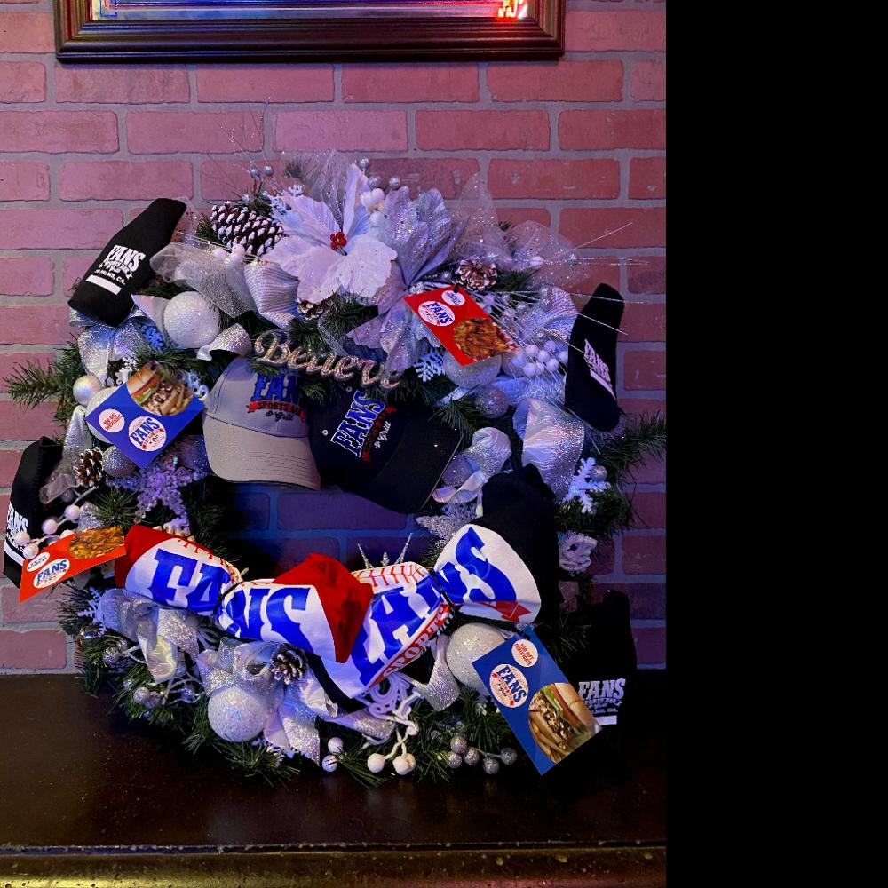Fans Bar & Grill Wreath