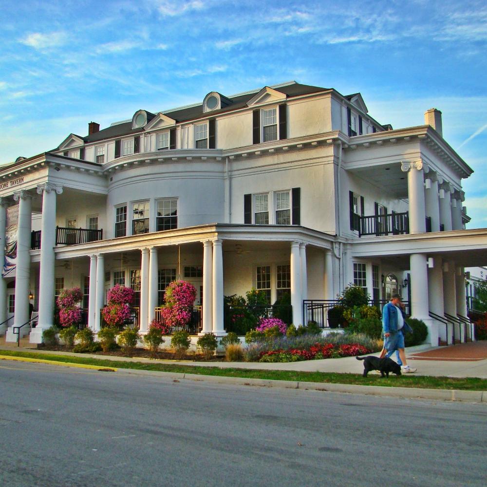 Historic Boone Tavern Overnight Stay