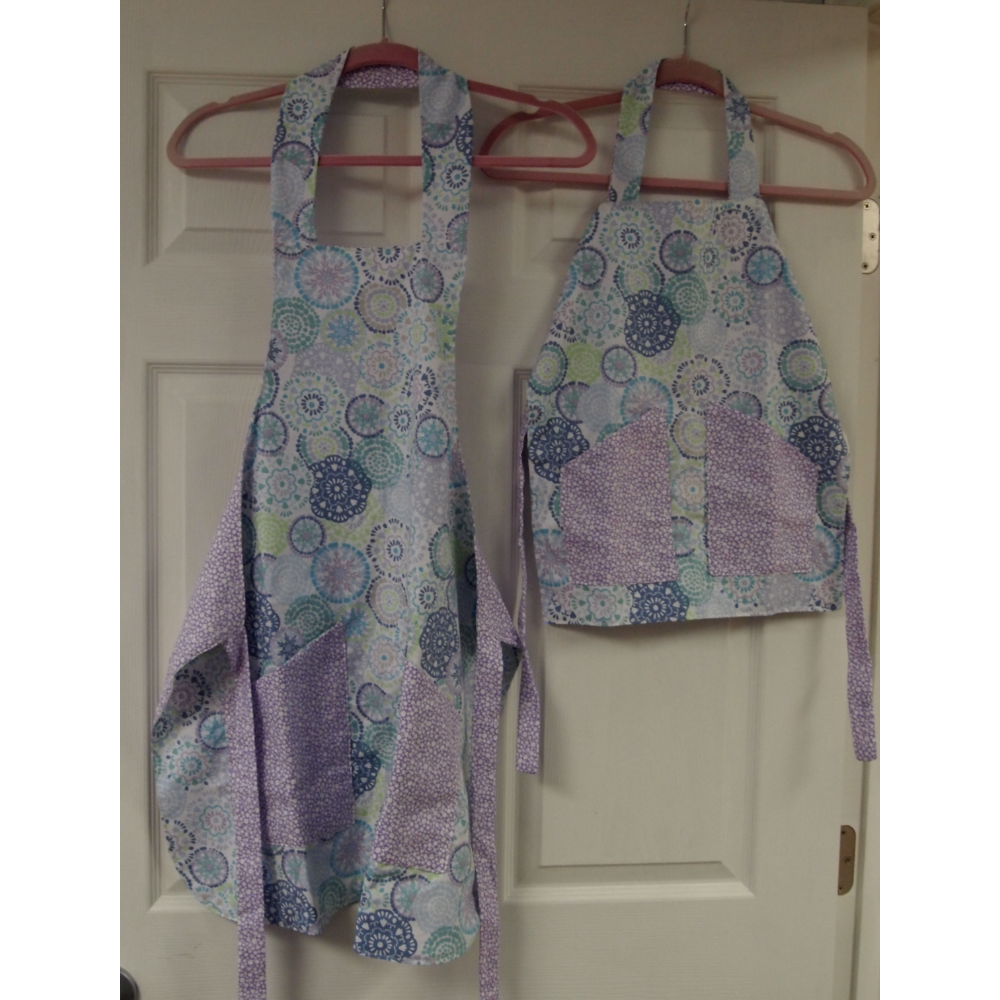 Mommy & Me Cooking Aprons