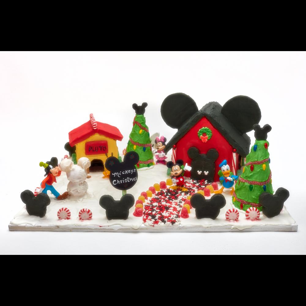 G06 Mickey's Christmas