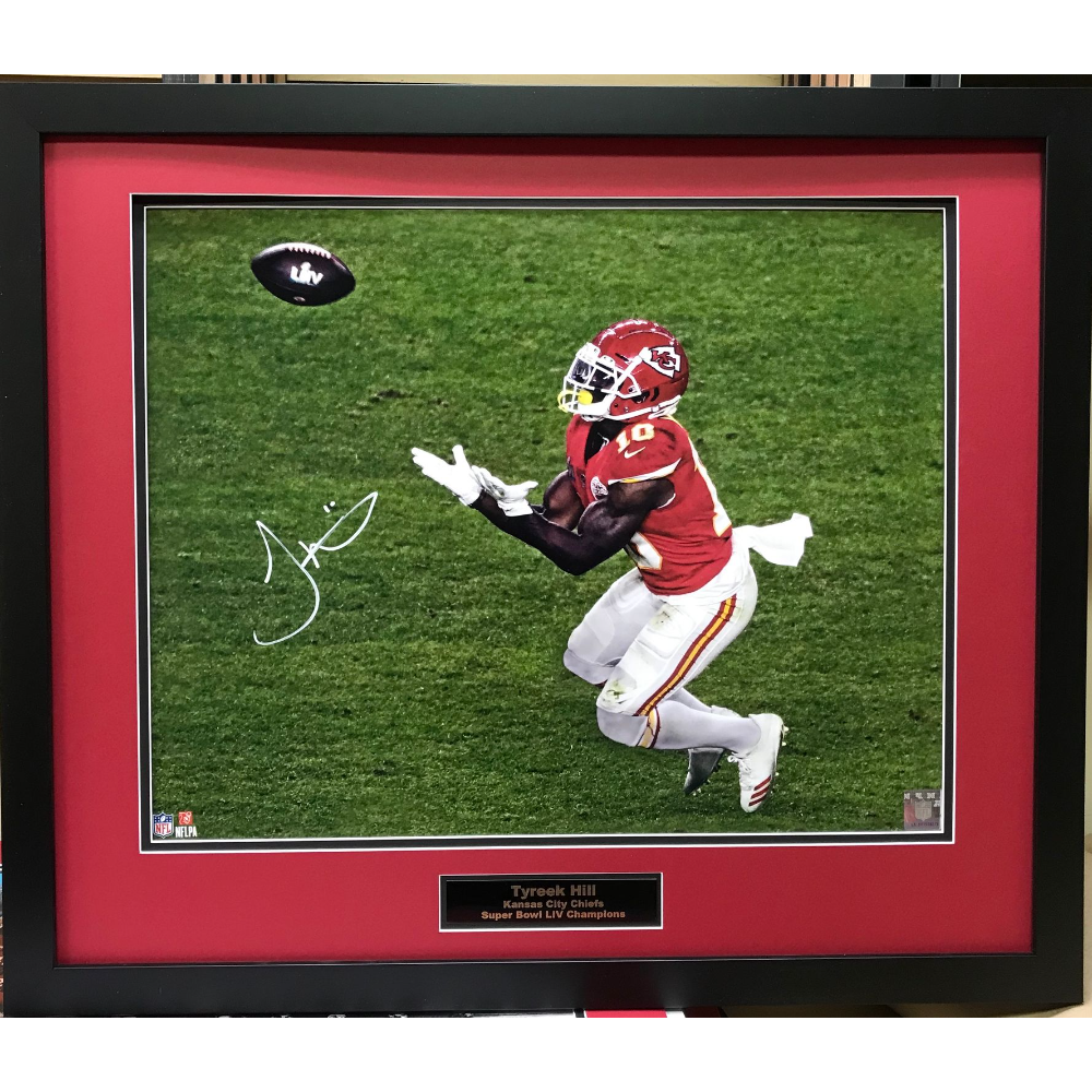 Tyreek Hill framed signed pic