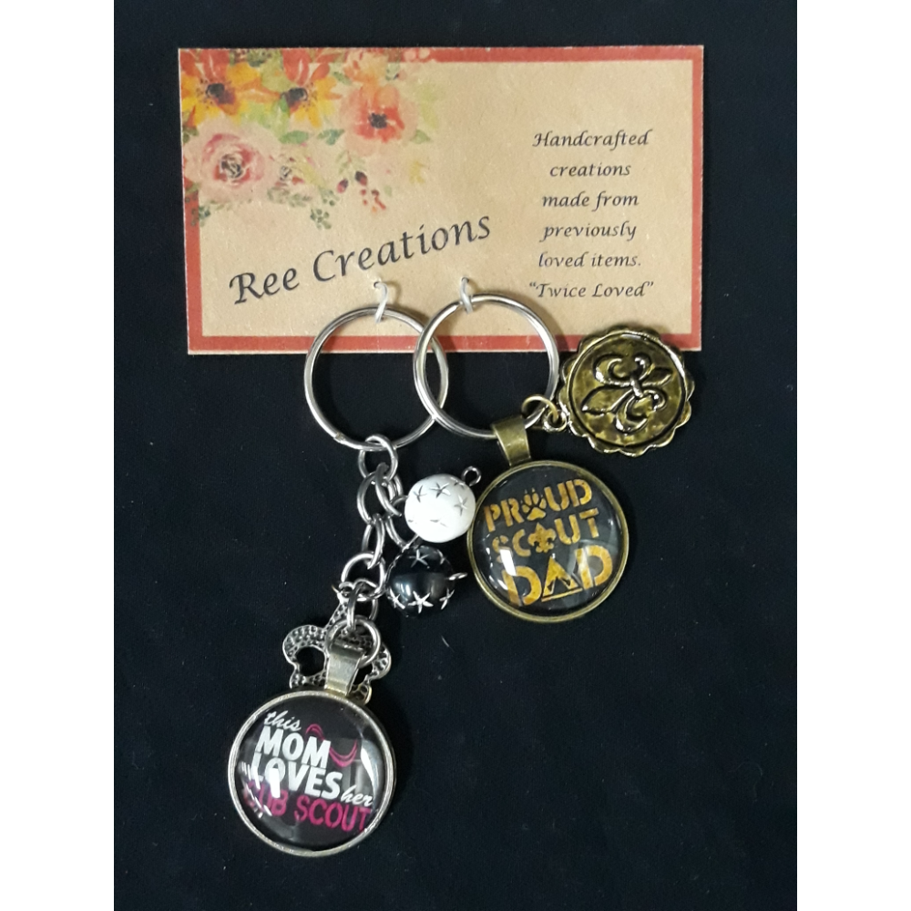 Ree Creations Scout Mom & Dad Keychains