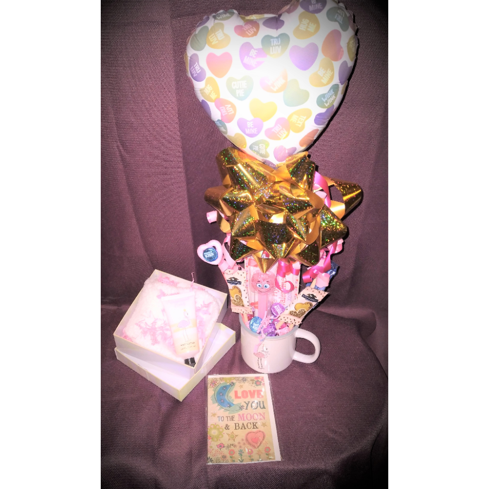 Valentines Day Sweets Flamingo Bouquet Gift Set