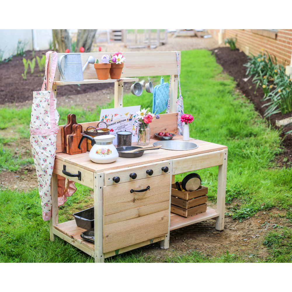 Play Mud Kitchen and Accessories