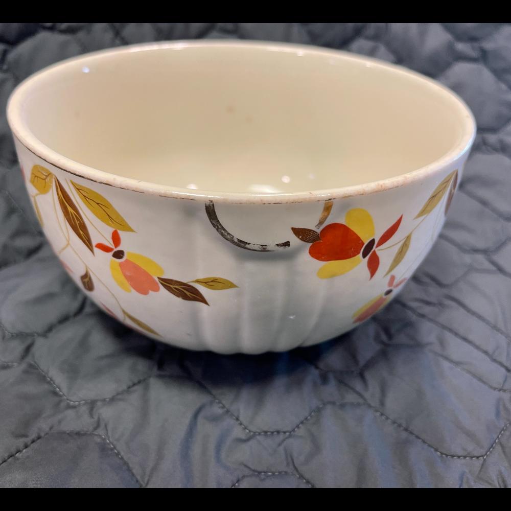 "Hall's Superior Quality Kitchenware -  Jewel Tea Autumn Leaf Large 9"" Bowl"