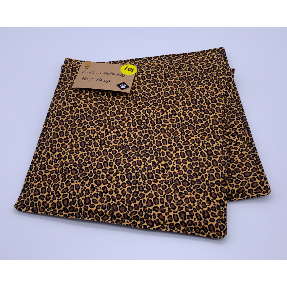 "1 set of Brown Cheetah Print Hot Pads 7 1/2"" x 7 1/2"""