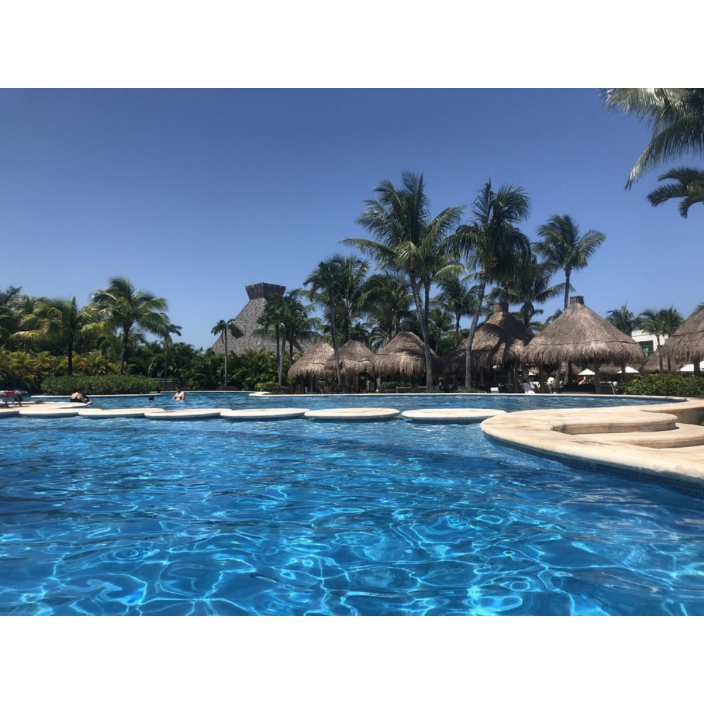 Four Nights at Mexican Beach Resort