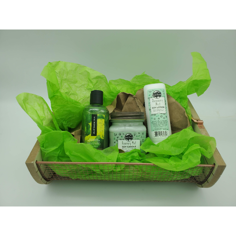 Handmade, Essential Oil Base Good Earth & Via Mercato package