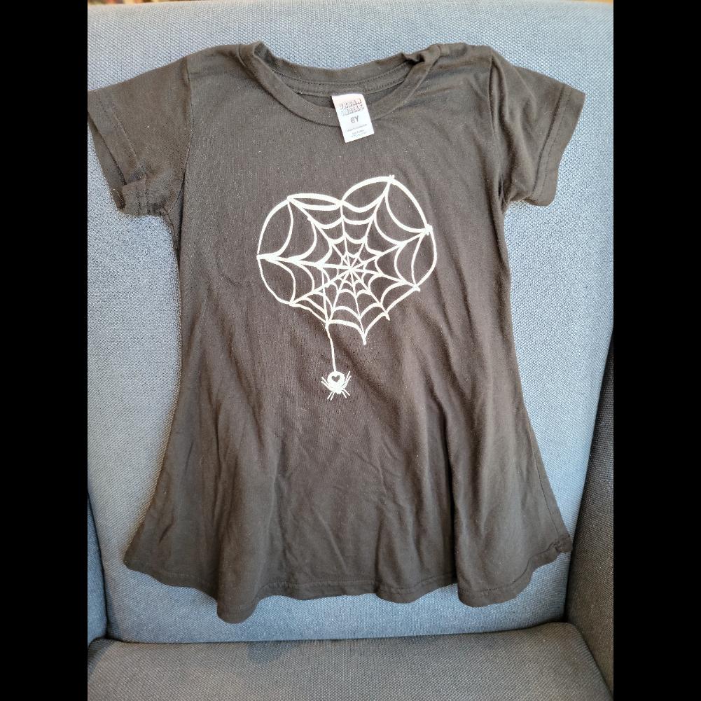 Spider love kids dress (size 6)