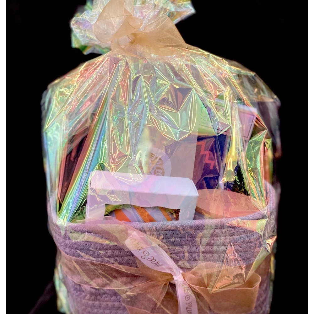 Mae and Marie Boutique Gift Card and Basket