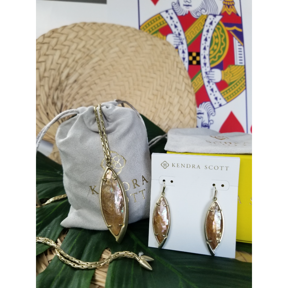 Kendra Scott earring and pendant necklace set